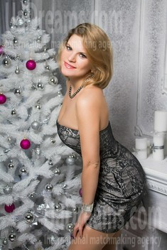 Olechka from Sumy 34 years - morning freshness. My small public photo.