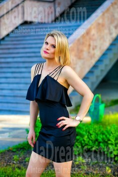 Olya from Sumy 36 years - girl for dating. My small public photo.