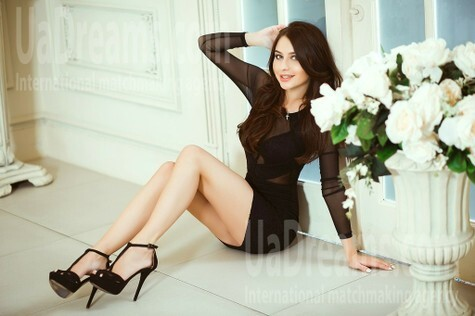 Veronika from Kiev 20 years - mysterious beauty. My small public photo.
