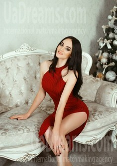 Olena from Kiev 25 years - favorite dress. My small public photo.