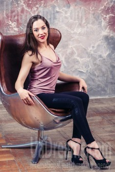 Yana from Kharkov 34 years - easy charm. My small public photo.