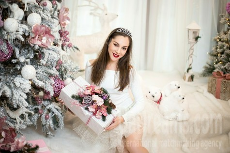 Yana from Kharkov 33 years - waiting for husband. My small public photo.