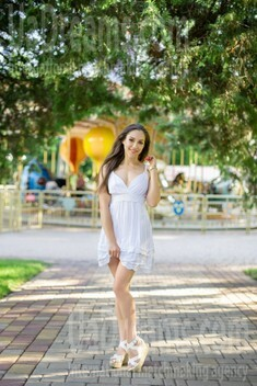 Yana from Kharkov 34 years - good girl. My small public photo.