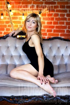 Tanya from Zaporozhye 36 years - future wife. My small public photo.