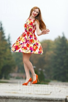 Olya from Kremenchug 33 years - morning freshness. My small public photo.