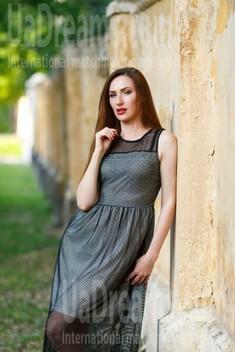 Olya from Kremenchug 34 years - loving woman. My small public photo.