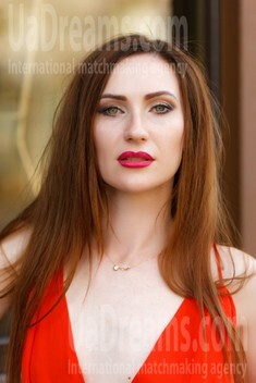 Olya from Kremenchug 34 years - looking for relationship. My small public photo.