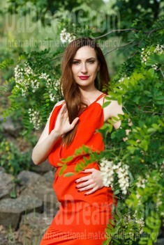 Olya from Kremenchug 34 years - independent woman. My small public photo.
