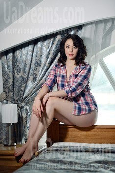 Natalie from Rovno 21 years - seeking soulmate. My small public photo.