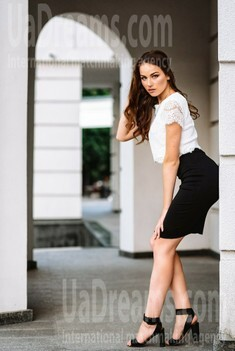Daria from Poltava 21 years - waiting for husband. My small public photo.