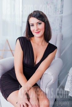 Anna from Cherkasy 32 years - girl for dating. My small public photo.