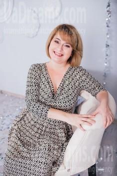 Snezhana from Cherkasy 44 years - good girl. My small public photo.