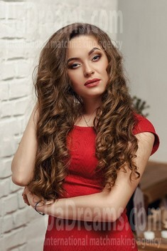 Polina from Dnipro 25 years - look for a man. My small public photo.