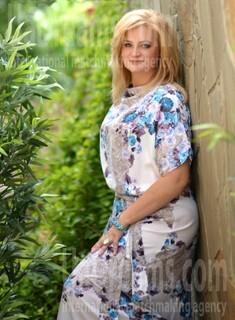 Vladislava from Kharkov 46 years - seeking man. My small public photo.