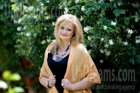 Vladislava from Kharkov 46 years - photo gallery. My small public photo.