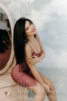 Tania from Ivano-Frankovsk 37 years - attentive lady. My small public photo.