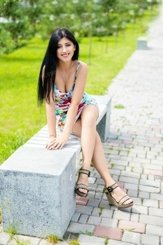 Tania Ivano-Frankovsk 38 y.o. - intelligent lady - small public photo.