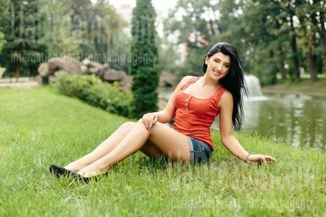 Tania from Ivanofrankovsk 35 years - loving woman. My small public photo.