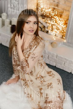 Tanya from Ivano-Frankovsk 22 years - Warm-hearted girl. My small public photo.