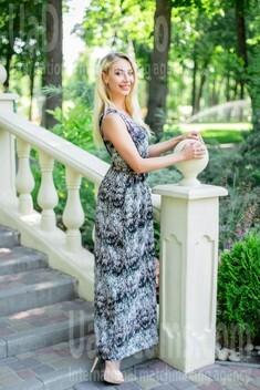 Olya from Kharkov 24 years - beautiful woman. My small public photo.