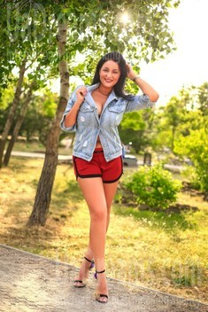 Lilly from Zaporozhye 26 years - girl for marriage. My small public photo.