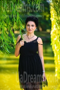 Lilly from Zaporozhye 27 years - morning freshness. My small public photo.