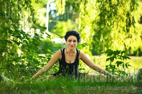 Lilly from Zaporozhye 27 years - desirable woman. My small public photo.
