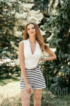 Adelina from Ivano-Frankovsk 24 years - creative image. My small public photo.