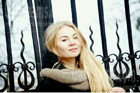 Valentyna from Kiev 25 years - seeking soulmate. My small public photo.