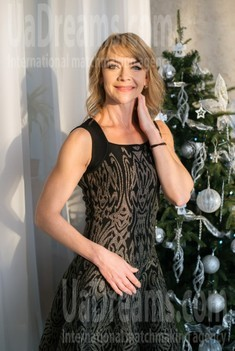 Svetlana from Dnipro 47 years - want to be loved. My small public photo.