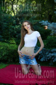 Tanja from Sumy 28 years - wants to be loved. My small public photo.