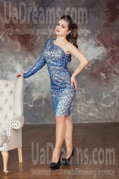 Daria from Kharkov 23 years - waiting for husband. My small public photo.