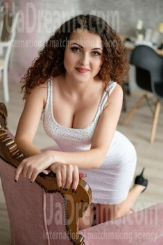 Anetta 22 years - easy charm. My small public photo.