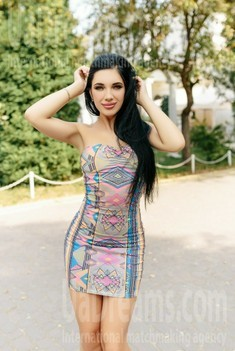 Olia from Ivano-Frankovsk 25 years - romantic girl. My small public photo.