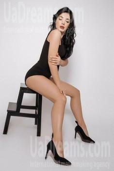 Olia from Ivano-Frankovsk 25 years - happy woman. My small public photo.