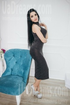 Olia from Ivanofrankovsk 23 years - girl for marriage. My small public photo.