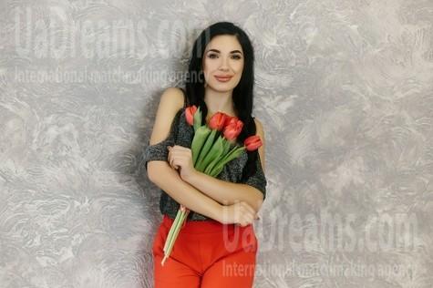 Olia from Ivanofrankovsk 24 years - amazing appearance. My small public photo.