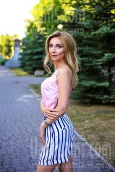 Oksana from Zaporozhye 39 years - nice fiancee. My small public photo.