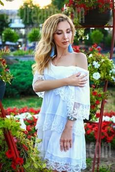 Oksana from Zaporozhye 39 years - photo gallery. My small public photo.