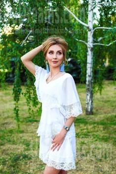Oksana from Zaporozhye 39 years - photo session. My small public photo.