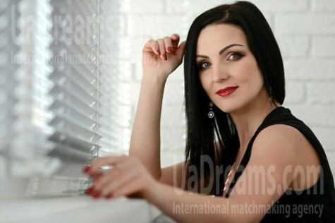 Natalie from Rovno 37 years - independent woman. My small public photo.