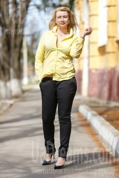 Sveta from Kremenchug 42 years - happy woman. My small public photo.