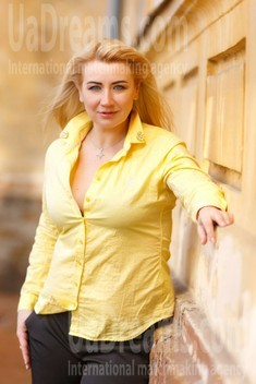 Sveta from Kremenchug 42 years - want to be loved. My small public photo.