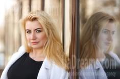 Sveta from Kremenchug 42 years - seeking soulmate. My small public photo.