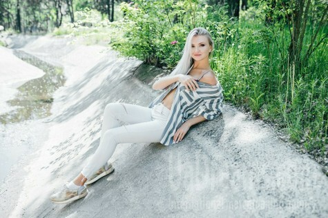 Alina from Cherkasy 25 years - girl for dating. My small public photo.