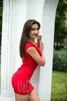 Nadia from Sumy 33 years - clever beauty. My small public photo.
