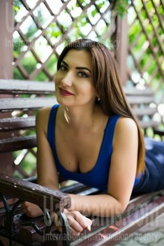 Nadia from Sumy 33 years - on a summer outing. My small public photo.