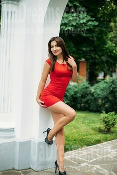 Nadia from Sumy 33 years - charm and softness. My small public photo.