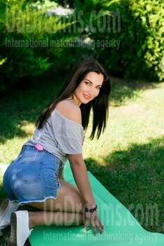 Nadia from Sumy 34 years - want to be loved. My small public photo.
