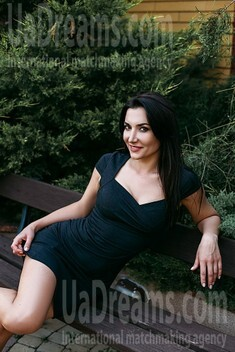 Nadia from Sumy 34 years - easy charm. My small public photo.